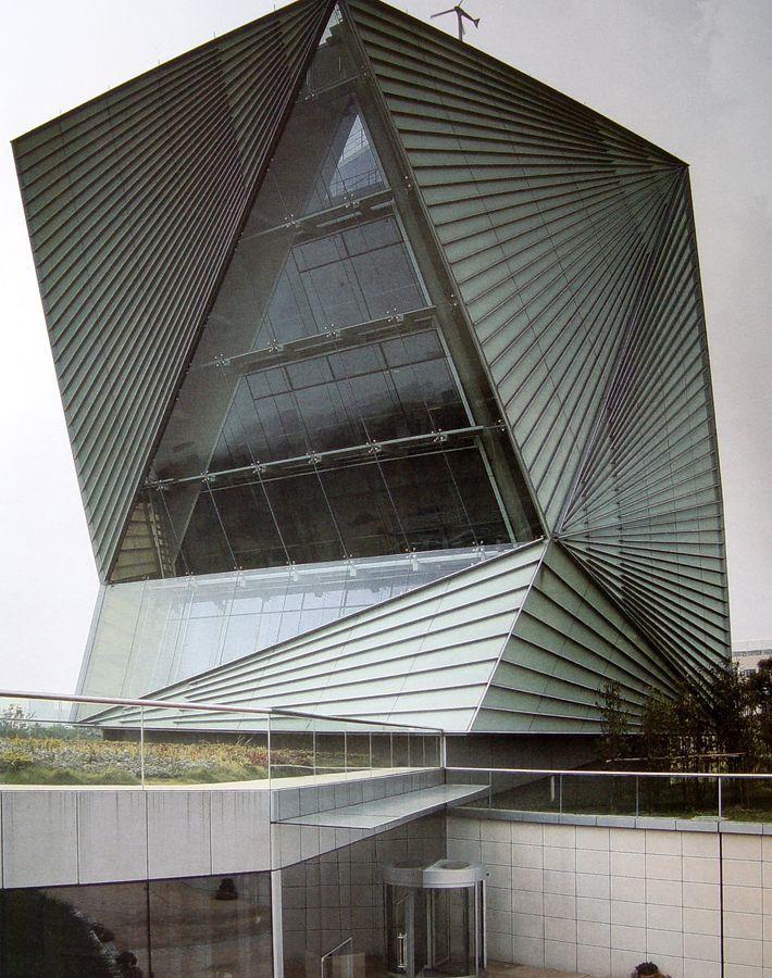 以中式传统灯笼为灵感设计出的现代建筑图片